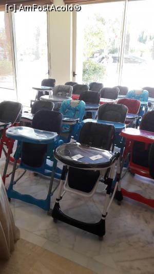 """P05 <small>[JUL-2017]</small> Grija pt copii... scaune curate si pregatite pt cei mici... in alte resorturi le-am vazut doar sterse si atat. Aici curatate f bine, servetele umede si infoliate. Frumos! 😊 » foto by Anca Ioanas  -  <span class=""""allrVoted glyphicon glyphicon-heart hidden"""" id=""""av875556""""></span> <a class=""""m-l-10 hidden"""" id=""""sv875556"""" onclick=""""voting_Foto_DelVot(,875556,5)"""" role=""""button"""">șterge vot <span class=""""glyphicon glyphicon-remove""""></span></a> <a id=""""v9875556"""" class="""" c-red""""  onclick=""""voting_Foto_SetVot(875556)"""" role=""""button""""><span class=""""glyphicon glyphicon-heart-empty""""></span> <b>LIKE</b> = Votează poza</a> <img class=""""hidden""""  id=""""f875556W9"""" src=""""/imagini/loader.gif"""" border=""""0"""" /><span class=""""AjErrMes hidden"""" id=""""e875556ErM""""></span>"""