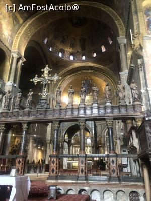 """P45 <small>[FEB-2020]</small> Basilica San Marco-interior » foto by mishu  -  <span class=""""allrVoted glyphicon glyphicon-heart hidden"""" id=""""av1158613""""></span> <a class=""""m-l-10 hidden"""" id=""""sv1158613"""" onclick=""""voting_Foto_DelVot(,1158613,0)"""" role=""""button"""">șterge vot <span class=""""glyphicon glyphicon-remove""""></span></a> <a id=""""v91158613"""" class="""" c-red""""  onclick=""""voting_Foto_SetVot(1158613)"""" role=""""button""""><span class=""""glyphicon glyphicon-heart-empty""""></span> <b>LIKE</b> = Votează poza</a> <img class=""""hidden""""  id=""""f1158613W9"""" src=""""/imagini/loader.gif"""" border=""""0"""" /><span class=""""AjErrMes hidden"""" id=""""e1158613ErM""""></span>"""