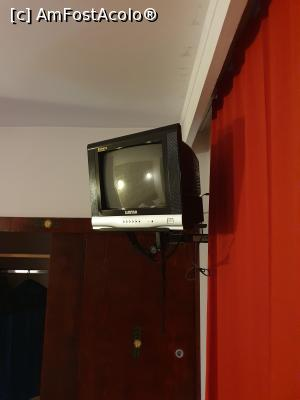 """P11 <small>[SEP-2020]</small> TV-ul din camere » foto by timeout123  -  <span class=""""allrVoted glyphicon glyphicon-heart hidden"""" id=""""av1188966""""></span> <a class=""""m-l-10 hidden"""" id=""""sv1188966"""" onclick=""""voting_Foto_DelVot(,1188966,0)"""" role=""""button"""">șterge vot <span class=""""glyphicon glyphicon-remove""""></span></a> <a id=""""v91188966"""" class="""" c-red""""  onclick=""""voting_Foto_SetVot(1188966)"""" role=""""button""""><span class=""""glyphicon glyphicon-heart-empty""""></span> <b>LIKE</b> = Votează poza</a> <img class=""""hidden""""  id=""""f1188966W9"""" src=""""/imagini/loader.gif"""" border=""""0"""" /><span class=""""AjErrMes hidden"""" id=""""e1188966ErM""""></span>"""