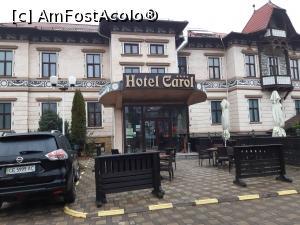 """P01 <small>[NOV-2019]</small> Hotel Carol, Vatra Dornei, în centrul orașului, lângă parcul cu celebrele veverițe, vedetele stațiunii.  » foto by Aura2018  -  <span class=""""allrVoted glyphicon glyphicon-heart hidden"""" id=""""av1145327""""></span> <a class=""""m-l-10 hidden"""" id=""""sv1145327"""" onclick=""""voting_Foto_DelVot(,1145327,2413)"""" role=""""button"""">șterge vot <span class=""""glyphicon glyphicon-remove""""></span></a> <a id=""""v91145327"""" class="""" c-red""""  onclick=""""voting_Foto_SetVot(1145327)"""" role=""""button""""><span class=""""glyphicon glyphicon-heart-empty""""></span> <b>LIKE</b> = Votează poza</a> <img class=""""hidden""""  id=""""f1145327W9"""" src=""""/imagini/loader.gif"""" border=""""0"""" /><span class=""""AjErrMes hidden"""" id=""""e1145327ErM""""></span>"""