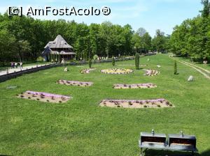 """P29 <small>[APR-2018]</small> Mănăstirea Peri din Săpânța, Maramureș » foto by Dana2008  -  <span class=""""allrVoted glyphicon glyphicon-heart hidden"""" id=""""av966477""""></span> <a class=""""m-l-10 hidden"""" id=""""sv966477"""" onclick=""""voting_Foto_DelVot(,966477,0)"""" role=""""button"""">șterge vot <span class=""""glyphicon glyphicon-remove""""></span></a> <a id=""""v9966477"""" class="""" c-red""""  onclick=""""voting_Foto_SetVot(966477)"""" role=""""button""""><span class=""""glyphicon glyphicon-heart-empty""""></span> <b>LIKE</b> = Votează poza</a> <img class=""""hidden""""  id=""""f966477W9"""" src=""""/imagini/loader.gif"""" border=""""0"""" /><span class=""""AjErrMes hidden"""" id=""""e966477ErM""""></span>"""
