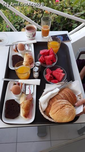 "P10 <small>[SEP-2019]</small> Un mic dejun pentru 2 persoane. Plus o ceaşcă de cafea sau de ceai » foto by Eduard D  -  <span class=""allrVoted glyphicon glyphicon-heart hidden"" id=""av1130664""></span> <a class=""m-l-10 hidden"" id=""sv1130664"" onclick=""voting_Foto_DelVot(,1130664,0)"" role=""button"">șterge vot <span class=""glyphicon glyphicon-remove""></span></a> <a id=""v91130664"" class="" c-red""  onclick=""voting_Foto_SetVot(1130664)"" role=""button""><span class=""glyphicon glyphicon-heart-empty""></span> <b>LIKE</b> = Votează poza</a> <img class=""hidden""  id=""f1130664W9"" src=""/imagini/loader.gif"" border=""0"" /><span class=""AjErrMes hidden"" id=""e1130664ErM""></span>"