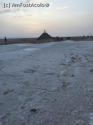 """P24 <small>[JUN-2019]</small> Chott el Jerid - nu este zăpadă, ci doar o crustă de sare rămasă după evaporarea apei din lacul sărat » foto by nicole33  -  <span class=""""allrVoted glyphicon glyphicon-heart hidden"""" id=""""av1165462""""></span> <a class=""""m-l-10 hidden"""" id=""""sv1165462"""" onclick=""""voting_Foto_DelVot(,1165462,0)"""" role=""""button"""">șterge vot <span class=""""glyphicon glyphicon-remove""""></span></a> <a id=""""v91165462"""" class="""" c-red""""  onclick=""""voting_Foto_SetVot(1165462)"""" role=""""button""""><span class=""""glyphicon glyphicon-heart-empty""""></span> <b>LIKE</b> = Votează poza</a> <img class=""""hidden""""  id=""""f1165462W9"""" src=""""/imagini/loader.gif"""" border=""""0"""" /><span class=""""AjErrMes hidden"""" id=""""e1165462ErM""""></span>"""