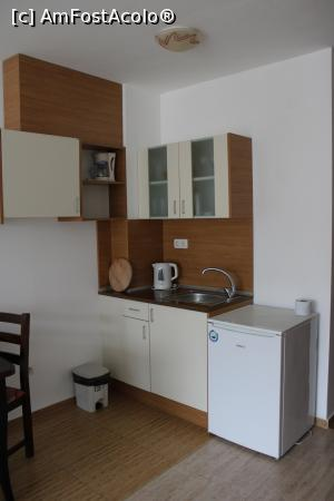 """P10 <small>[OCT-2020]</small> Balcic, Apartments in Princess Residence, Dotările Chichinetei » foto by mprofeanu  -  <span class=""""allrVoted glyphicon glyphicon-heart hidden"""" id=""""av1211095""""></span> <a class=""""m-l-10 hidden"""" id=""""sv1211095"""" onclick=""""voting_Foto_DelVot(,1211095,0)"""" role=""""button"""">șterge vot <span class=""""glyphicon glyphicon-remove""""></span></a> <a id=""""v91211095"""" class="""" c-red""""  onclick=""""voting_Foto_SetVot(1211095)"""" role=""""button""""><span class=""""glyphicon glyphicon-heart-empty""""></span> <b>LIKE</b> = Votează poza</a> <img class=""""hidden""""  id=""""f1211095W9"""" src=""""/imagini/loader.gif"""" border=""""0"""" /><span class=""""AjErrMes hidden"""" id=""""e1211095ErM""""></span>"""