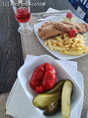 "P22 <small>[DEC-2020]</small> Restaurant Vila Alpin din Straja, Jud. Hunedoara » foto by Dana2008  -  <span class=""allrVoted glyphicon glyphicon-heart hidden"" id=""av1211798""></span> <a class=""m-l-10 hidden"" id=""sv1211798"" onclick=""voting_Foto_DelVot(,1211798,0)"" role=""button"">șterge vot <span class=""glyphicon glyphicon-remove""></span></a> <a id=""v91211798"" class="" c-red""  onclick=""voting_Foto_SetVot(1211798)"" role=""button""><span class=""glyphicon glyphicon-heart-empty""></span> <b>LIKE</b> = Votează poza</a> <img class=""hidden""  id=""f1211798W9"" src=""/imagini/loader.gif"" border=""0"" /><span class=""AjErrMes hidden"" id=""e1211798ErM""></span>"